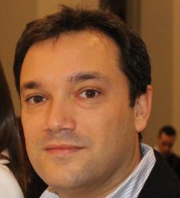 Adrián J. Riquelme